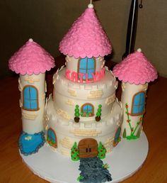 Princess Castle Cake   Flickr - Photo Sharing!