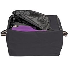 We love our Dura-Tech Horsewear Storage Bag. This is a top selling item during all the seasons! It's a handy storage bag that can be used in your tack room or trailer-even your basement! Made from strong 600 denier polyester that can hold blankets, sheets and other accessories!