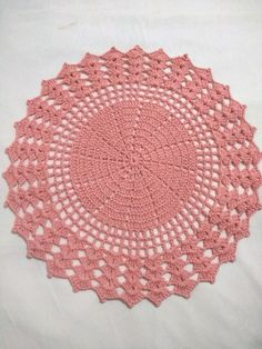 1 million+ Stunning Free Images to Use Anywhere Lace Doilies, Crochet Doilies, Crochet Lace, Crochet Placemat Patterns, Crochet Motif, Crochet Carpet, Crochet Kitchen, Crochet Round, Crochet Patterns For Beginners