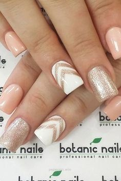 Summer Nail Designs to Never Forget this Vacation…