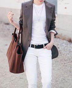 「ジャケットスタイルで魅せる、出来る女のビジネスカジュアル」の記事の1枚目の画像 | MARBLE [マーブル]