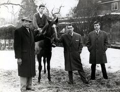 Ronnie Kray and the racehorse he bought for his parents.