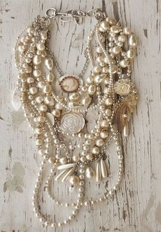 Vintage Jewelry Crafts Reworking old jewelry ideas It's a Vintage Life Diy Jewelry, Jewelry Box, Jewelery, Vintage Jewelry, Jewelry Accessories, Fashion Accessories, Handmade Jewelry, Jewelry Necklaces, Jewelry Design
