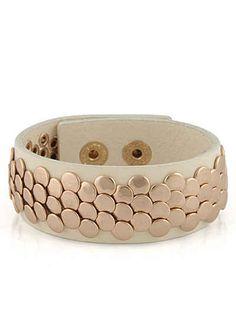 Lizas Armband mit Nieten