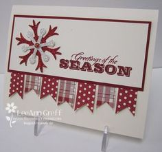 Christmas Card to use scraps of paper.