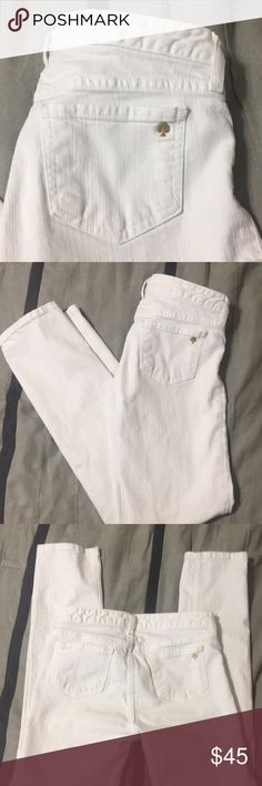 🚨SALE🚨Kate Spade White Skinnies Perfect like new condition. White. Skinny leg fit. 30 inch inseam. Gold kate Spade symbol on back pocket. No flaws. kate spade Jeans Skinny