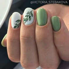 Nagellack Amazing Chic Green Nail Art Ideas Lawn Care Tips And Proper Lawn Maintenance Article B Green Nail Designs, Classy Nail Designs, Nail Designs Spring, Nail Art Designs, Cute Simple Nail Designs, Gel Manicure Designs, Classy Nails, Trendy Nails, Simple Nails