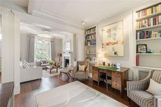 This #property in #Chelsea makes great use of the open plan space  http://www.johndwood.co.uk/property-for-sale/4-bedroom-house-in-Paultons-Square-SW3/CST150021/