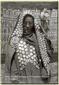 Yomut Turkmen woman, Central Asia, circa 1900