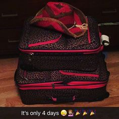 If you think packing for a trip is a chore, this is for you: A list of essentials - the things you must pack Spring Break 2016, The Essential, Travel Advice, Houston, Essentials, Packing, Fun, Bags, Shopping