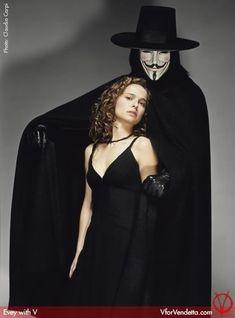 Natalie Portman and Hugo Weaving, in V for Vendetta.