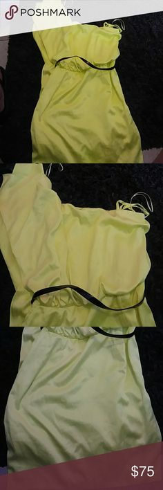 Bright neon yellow Jessica Simpson Dress One shoulder Dress size 10 Dresses Mini