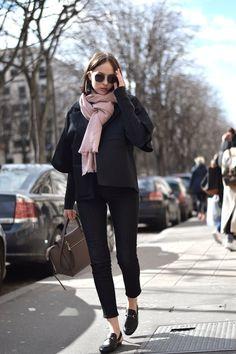 Last Parisian rate - Fashion - Winter Mode French Girl Style, My Style, French Girls, French Chic, Casual Chic, Winter Stil, Paris Mode, Vogue, Winter Mode