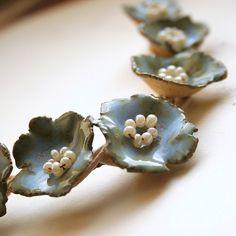 ceramic flowers making Porcelain Jewelry, Ceramic Jewelry, Enamel Jewelry, Ceramic Beads, Porcelain Ceramics, Polymer Clay Jewelry, Ceramic Pottery, Ceramic Art, Jewelry Art