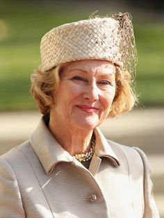 Luxembourg Wedding: The Norwegian Royals....Luxembourg Wedding: The Norwegian Royals...Most of the Norwegian Royal Family also attended this wedding. Queen Sonia looked great in a large woven cream pillbox (that would have looked even better without the droopy side netting trim) and matching cream suit.