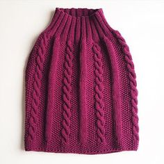 The Cardigan skirt pattern is now available in English!