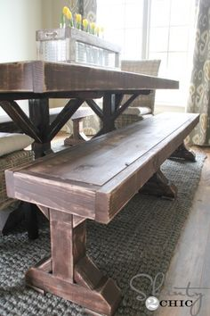 Amazing DIY Farm House Bench with Free Plans! This Makes Me Want to Make Furniture!