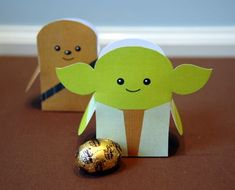 The extremely adorable Yoda & Chewie favor boxes are from the very talented Katie Cook. I am a big Star Wars fan and I don't think I have seen anything cuter!