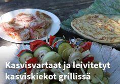 Kasvisvartaat ja leivitetyt kasviskiekot grillissä #kauppahalli24 #reseptit #helpompiarki #kasvisvartaat #grilliruoka #ruokaanetistä Chicken, Meat, Food, Hoods, Meals, Kai