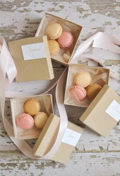 Macaron wedding favours are a classy alternative to offering a few chocolates, and great for a Parisian theme. Ooh la la!