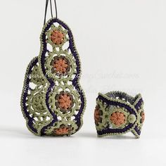 Fiber jewelry - bracelets, necklaces, brooches crochet patterns / tutorials with step-by-step pictures, written instructions and charts.