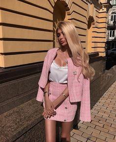 pink suit | @milevskate 01.18