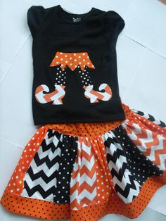 Chevron Halloween Skirt Set Girls Halloween Skirt Set Applique Top Skirt Set Toddler Halloween Skirt Outfit Riley Blake Chevron Skirt. $35.00, via Etsy.  But I want to make it!