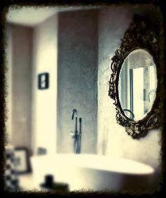 Espejo y baño