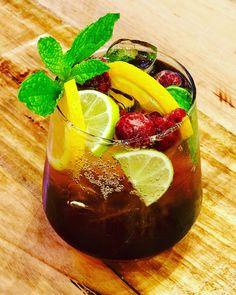 Vodka Raspberry tea cocktail