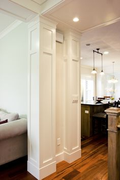 Column Design- Tbh Meikel Reece be able to implement lighting by slightly modifying this design Interior Columns, Interior Trim, Interior Exterior, Home Renovation, Home Remodeling, House Trim, Column Design, Trim Work, Moldings And Trim