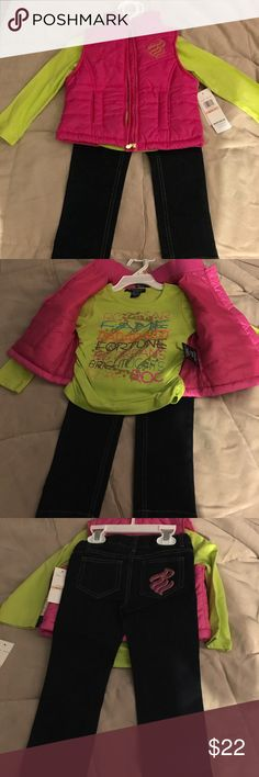 The cutest Rocawear vest and shirt set The cutest Size 2T  Rocawear jean, pink vest and green long sleeve  tshirt set  for that little fashionista in your life. Rocawear Matching Sets