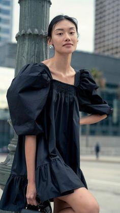 Simple Dresses, Casual Dresses, Fashion Dresses, Summer Dresses, Look Fashion, Trendy Fashion, Fashion Design, Fashion Black, Trendy Outfits
