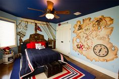 Image from http://www.quiltersdaily.com/wp-content/uploads/2016/02/Amazing-pirate-bedroom-design-with-world-1024x684.jpg.