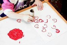 Painting hearts with paper roll