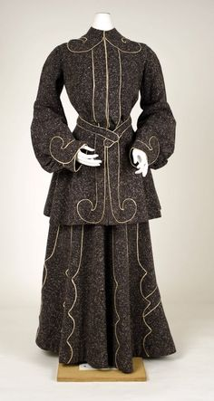 Suit ca. 1902-1904 via The Costume Institute of the Metropolitan Museum of Art