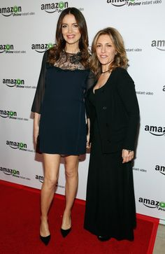 """Alison Balian Photos Photos - Actress Saffron Burrows (L) and Alison Balian attend the red carpet premiere screening of Amazon's Original Series """"Mozart in the Jungle"""" at Alice Tully Hall at Lincoln Center on December 2, 2014 in New York City. - Red Carpet Premiere Screening Of Amazon's Original Series """"Mozart in the Jungle"""""""