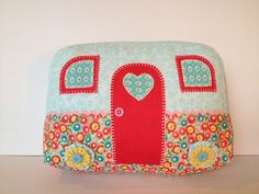 Vintage Caravan Cushion - by Kewpie on madeit