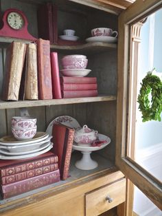 Chateau Chic - Vintage Reds in Bookshelf