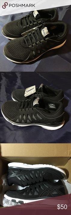 ASICS Women's Gel Fit Tempo 2 *NEW* breathable lightweight running shoe with padded tongue and collar. rearfoot gel cushioning system with removable insoles. new in box, never worn! Asics Shoes Sneakers