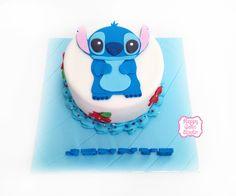 Stitch cake!
