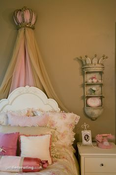 Cute girl's room idea...much nicer than the traditional princess stuff. Does need a touch of Disney though