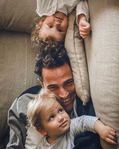 @jordinieto77 Jordi Nieto Instagram post Positive energy in quarantine!! 💪🏻💥 #positiveenergy#quarentine#cuarentena#undiamasundiamenos#myfamilly#mifamilia#yaquedamenos#yomequedoencasa#masfelizqueunaperdiz#stayathome Fathers, Positivity, Face, Instagram Posts, Dads, Parents, The Face, Faces, Facial