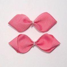 木の葉型リボンの作り方(7) Diy Bow, Diy Ribbon, Bow Hair Clips, Hair Bows, Tattoos, Handmade, Crafts, Accessories, Ribbons