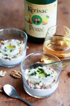 Verrines aubergine chèvre et noix sur http://unflodebonneschoses.blogspot.fr/2013/09/verrines-aubergine-chevre-noix-et-poire.html