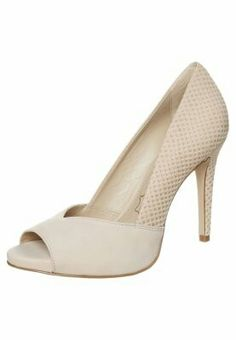 ♡  buffalo high heel peeptoe