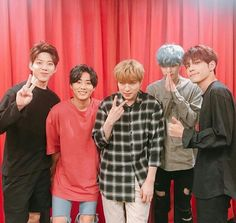 Brian look smol here ❤❤ Day6 Dowoon, Jae Day6, Park Sung Jin, Kim Wonpil, Young K, Bob The Builder, Shared Folder, Debut Album, Kpop Groups
