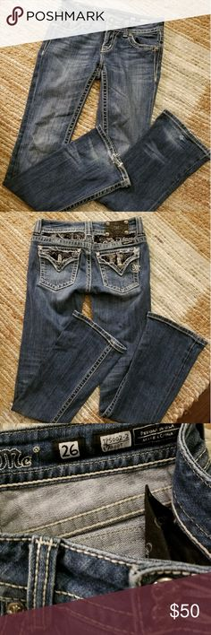 """Miss Me jeans Cute jeans size 26. The inseam is 32"""" Miss Me Jeans"""