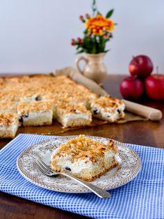 Jablečný koláč s tvarohem Kefir, Cauliflower, Sweet Tooth, French Toast, Food And Drink, Eggs, Treats, Baking, Vegetables