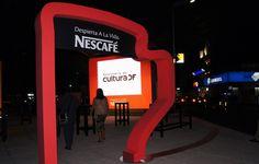 Tazas Nescafé salen a la calle
