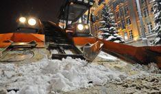 Как замело за окном... Мы готовы убрать весь снег с вашего участка!